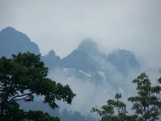Jade Dragon Snow Mountain, or Yulang Xue Shan, is a 20,000 mountain next to Lijiang.